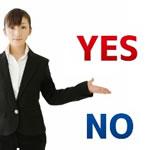 【結婚式の服装】女性のスーツってアリ?パンツスーツはNG!?