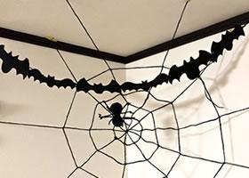 ハロウィン用飾りを手作り!フェルトで作るモビール♪「クモと蜘蛛の巣」