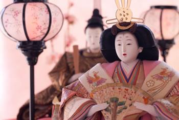 雛人形の飾り方!関西と関東では違うの!?古式と新式とは?